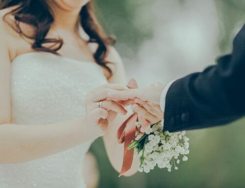 6 Simple Tips for a Beautiful Budget Wedding